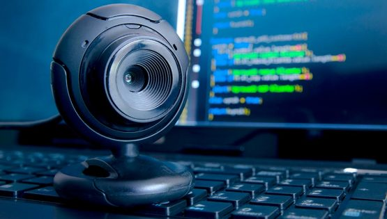 Cyber-camera-900